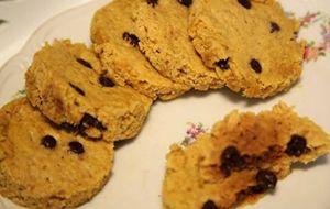Cookies com gotas de chocolate light e sem glúten: para fazer no micro-ondas