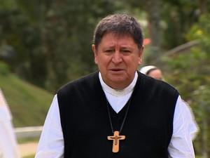 Cardeal João Braz de Aviz esteve em São José dos Campos, interior de SP (Foto: Reprodução / TV Vanguarda)