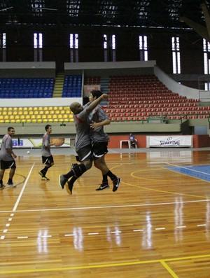Futsal Mogi das Cruzes (Foto: Thiago Fidelix)