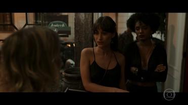 Rose é barrada em restaurante, e Débora arruma confusão