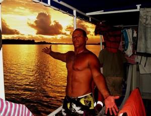 Fred Vilela surfe al Indonésia (Foto: Arquivo pessoal/atleta)