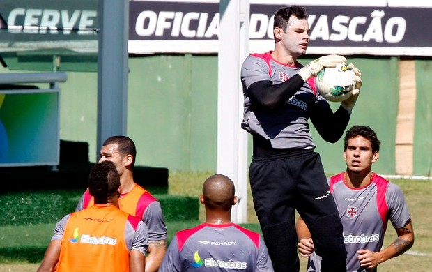 alessandro vasco treino (Foto: Marcos Tristão / Agência Globo)