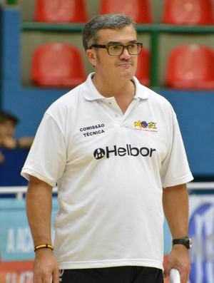 Paco García - Técnico Mogi das Cruzes Basquete (Foto: Cairo Barros)