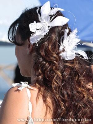 Detalhe do arranjo de cabelo de Natália (Foto: Flor do Caribe / TV Globo)