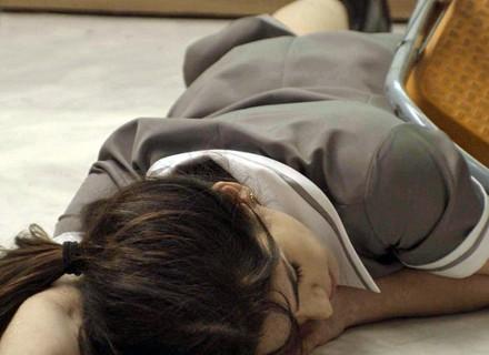 Shirlei desmaia após rotina intensa de trabalho