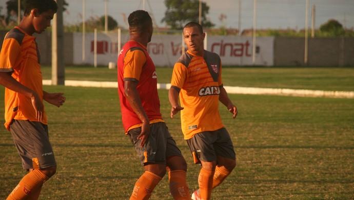 Éder CRB (Foto: Douglas Araújo/Assessoria do CRB)