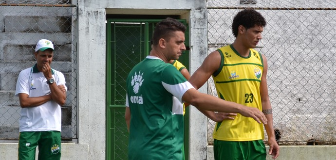 Coruripe treina no Gérsão (Foto: Jota Rufino/GloboEsporte.com)