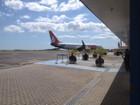 Famílias de vítimas de acidente aéreo devem viajar à Colômbia nesta quarta