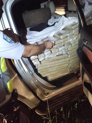 Polícia Rodoviária estava em patrulhamento quando localizou o veículo (Foto: Polícia Rodoviária/Divulgação)