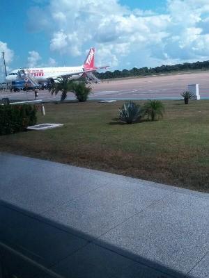 Avião voltou para aeroporto após piloto anunciar colisão aos passageiros (Foto: Dayanne Saldana/ Arquivo Pessoal)