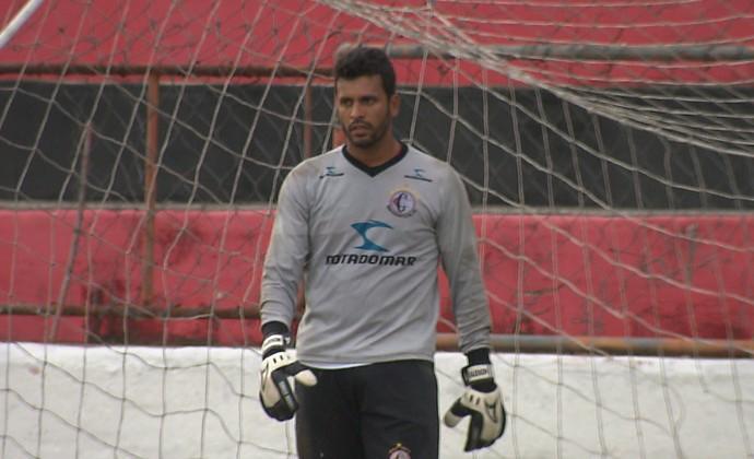 Glédson, goleiro do Campinense (Foto: Reprodução / TV Paraíba)