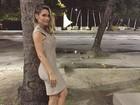 Flávia Alessandra posa de vestido justinho e ganha elogios: 'Perfeita'