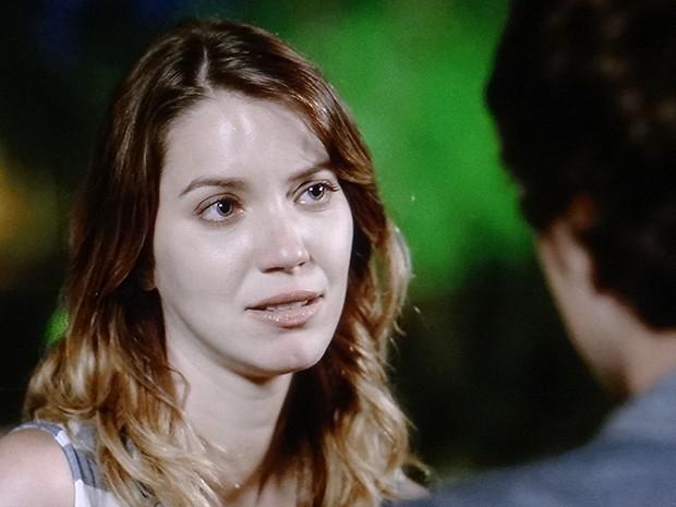 Laura se declara para Caíque (Foto: TV Globo)