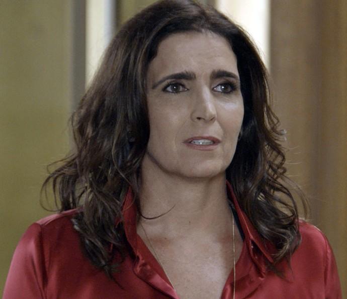 Rebeca fica surpresa ao reencontrar Aparício (Foto: TV Globo)