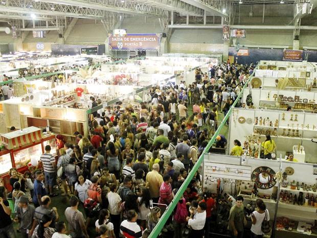 Fenearte de 2013 reúne 5 mil expositores, do Brasil e de outros 48 países (Foto: Daniela Nader / Divulgação)