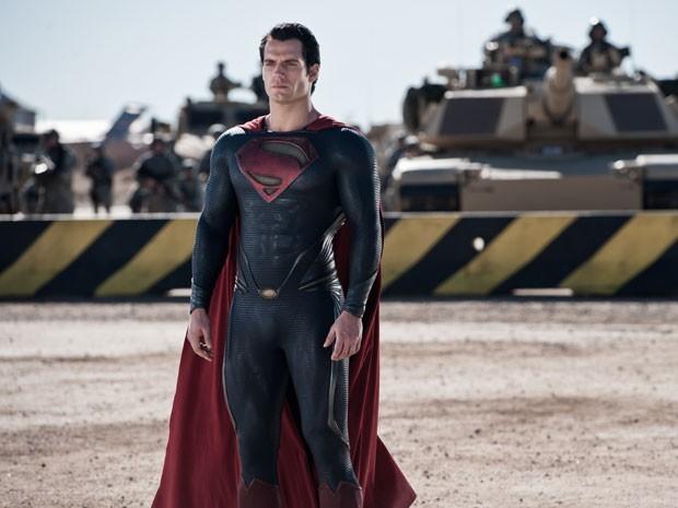 Henry Cavill como Superman em 'O homem de aço'  (Foto: Divulgação)
