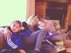 Danielle Winits curte o domingo com os filhos: 'Balada perfeita'