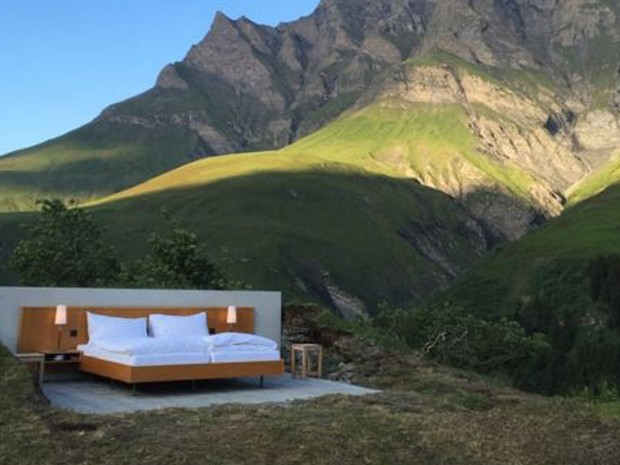 Os criadores batizaram o projeto como hotel 'zero estrela' (Foto: Atelier für Sonderaufgaben/BBC)