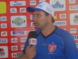 Gilberto Gaúcho, treinador do Potiguar de Mossoró (Foto: Marcelo Diaz/Divulgação)