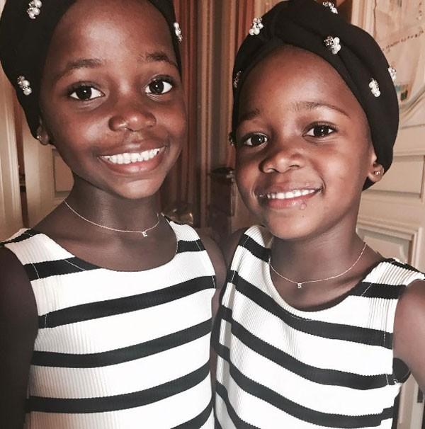 As filhas gêmeas de Madonna Estere e Stelle (Foto: Reprodução/Instagram)