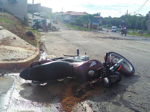 Motociclista morre em acidente de trânsito em Itu (Foto: João Vitor/Jornal Periscópio)
