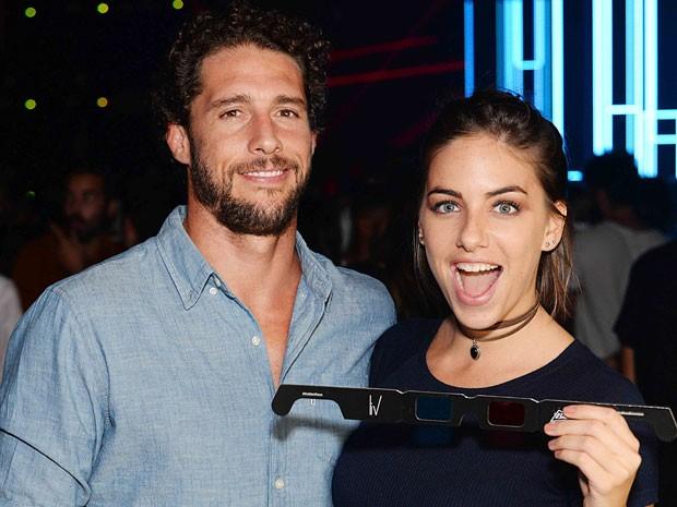 Flávio Canto e a namorada, Alice Bento, em festa no Centro do Rio (Foto: Ari Kaye/ Divulgação)