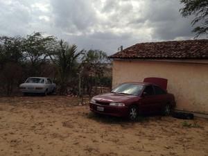 Sítio era sede na  Paraíba de quadrilha de explosão de bancos (Foto: Walber Virgolino/Polícia Civil)