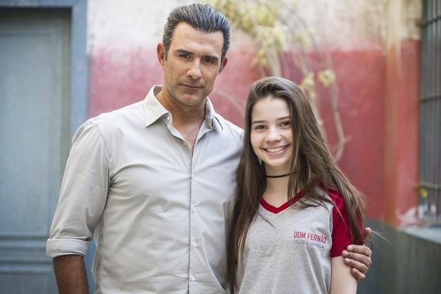 Ricardo (Marcos Pasquim) e Manuela (Milena Melo) em Malhação (Foto: Globo/Mauricio Fidalgo)