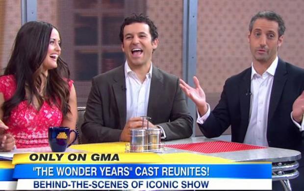 Atores de 'Anos Incríveis' se reúnem em programa de TV (Foto: Reprodução/ABC)