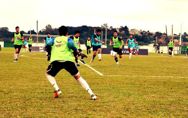 treino na peneira A Chance em Curitiba (Foto: Daniel Cardoso)