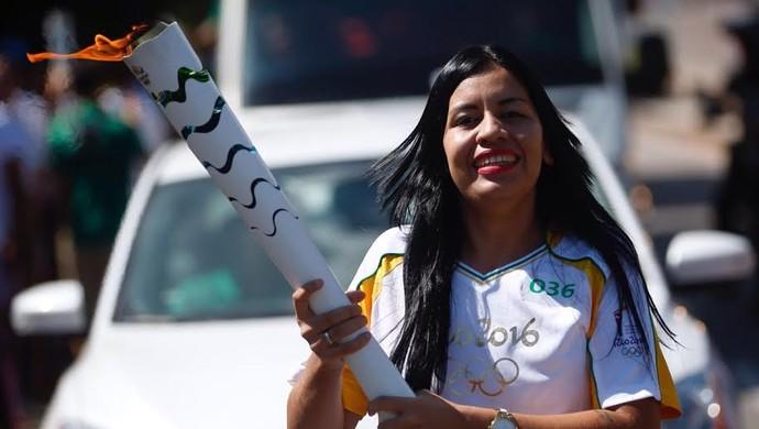 Domique Cavaleiro carregou a tocha em Belém (Foto: Comitê Rio 2016/Divulgação)