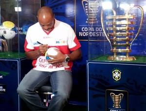 CRB Taça Copa Nordeste Denílson (Foto: Divulgação/Ascom)