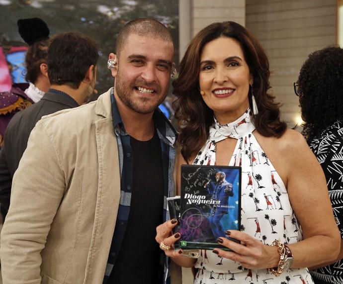 O cantor Diogo Nogueira com a Fátima (Foto: Raphael Dias/Gshow)
