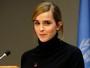Emma Watson fala de direito da mulher em clipe: 'A corrida continua'