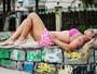 Taty Princesa posa de biquíni e afirma: 'Quanto mais natural melhor'