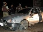 Dois ficam feridos e um morre em acidente de carro na BR-242, na BA