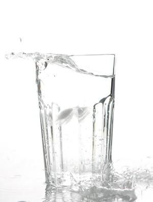 Dieta Detox - Copo d'água (Foto: Getty Images)