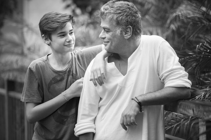 João Assunção é o filho mais velho do ator, que contracenou com ele na telona (Foto: Raphael Dias/Gshow)