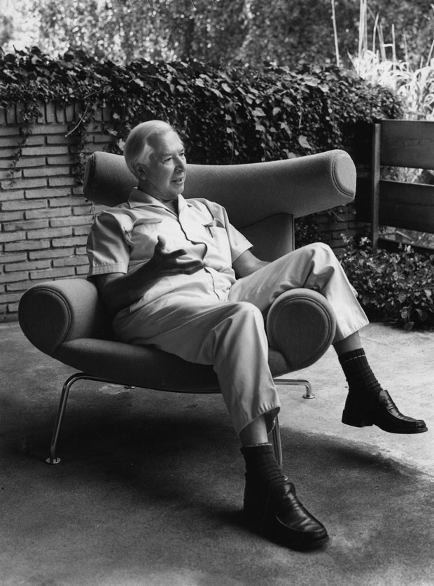 Hans Wegner na AP46 Ox Chair, 1960 (Foto: Divulgação)