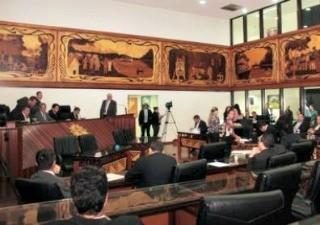 Deputados aprovaram orçamento por 12 votos contra 6 (Foto: J. Simão/ Agência Aleac)