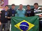 Universitários brasileiros vencem competição de matemática no México