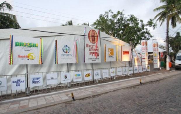 Flipipa reunirá grandes nomes da literatura nacional na praia da Pipa (Foto: Divulgação)