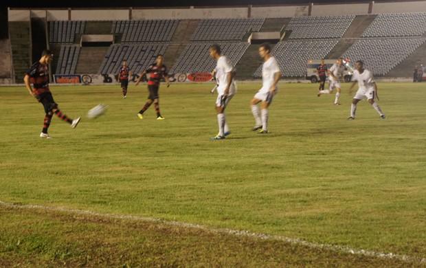 Campinense e Botafogo-pb 3 a 2 no Almeidão (Foto: Larissa Keren)