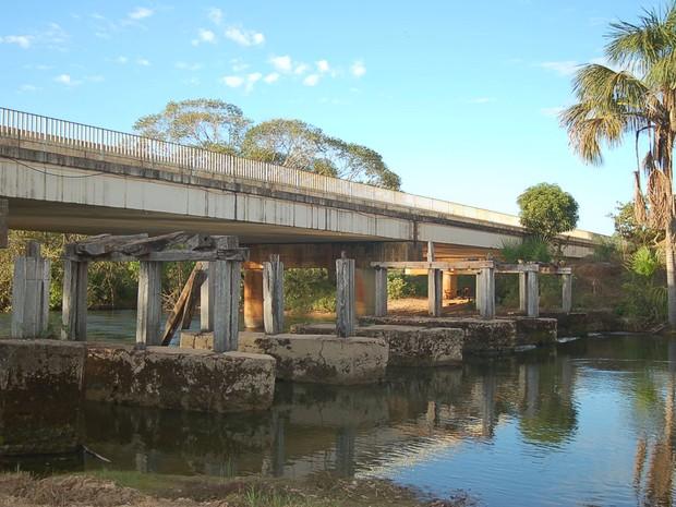 Ponte sobre o rio Manuel Alves, em Campos Lindos (Foto: Divulgação/MPE TO)