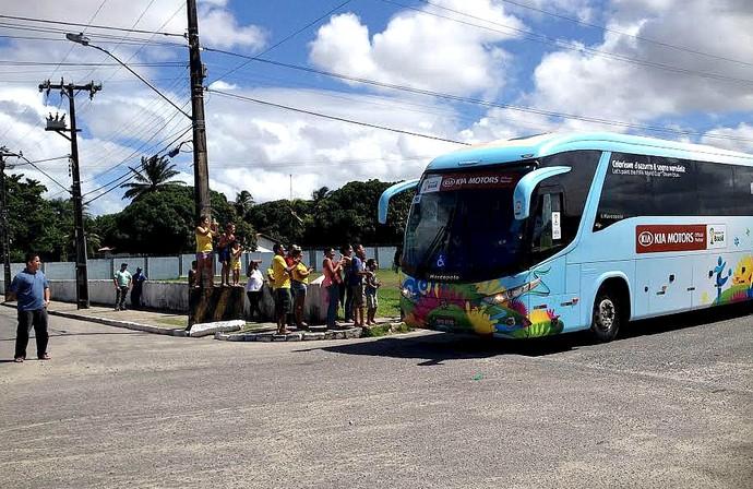 ônibus Itália (Foto: Elton de Castro)