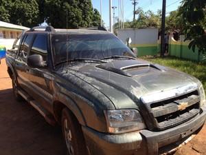 Veículo foi roubado no mês de junho na zona rural (Foto: Dayanne Saldanha/G1)