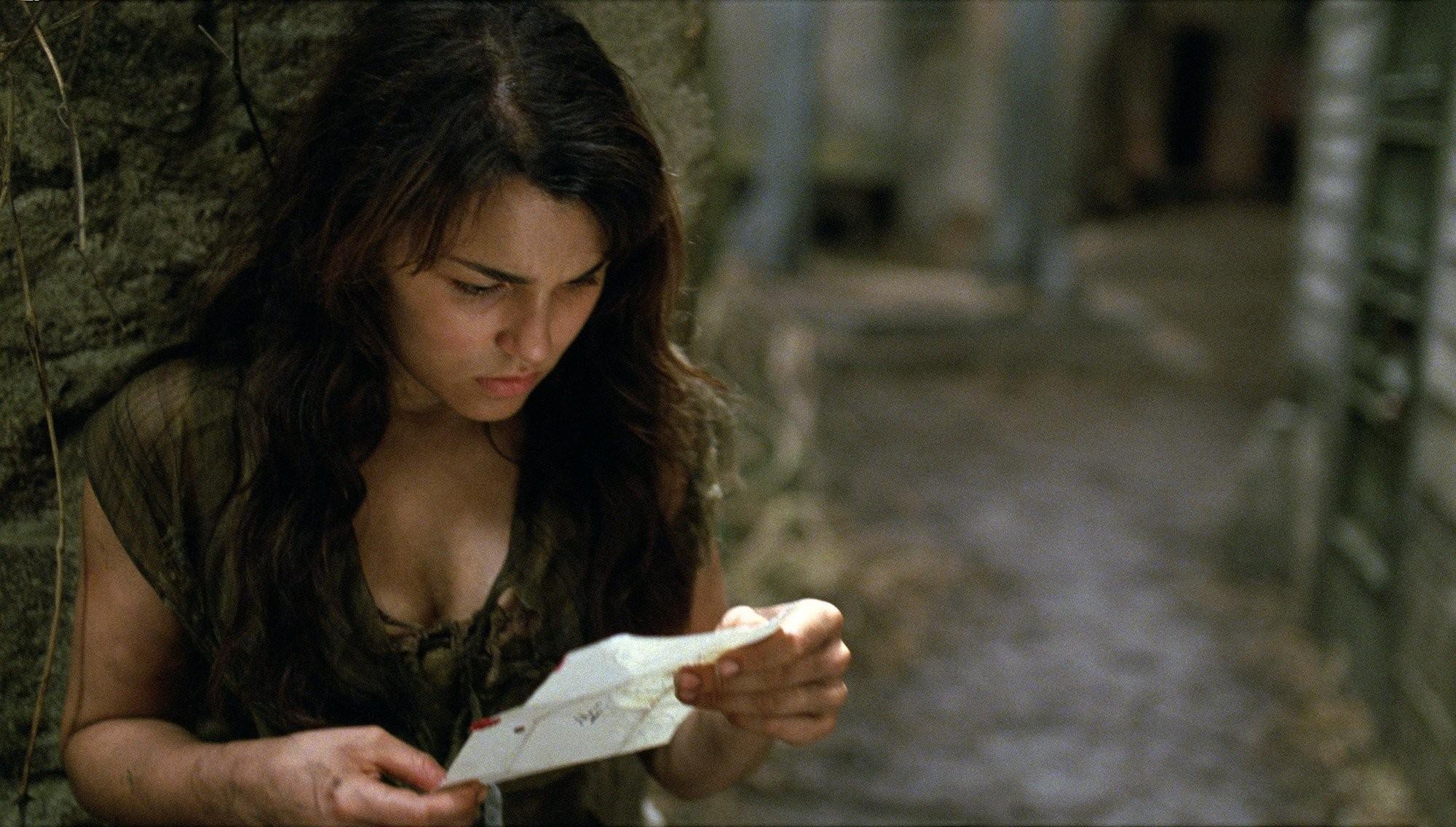 Samantha Barks como Éponine em 'Os Miseráveis' (Foto: Divulgação)