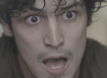Gustavo é capturado e fica frente a frente com Arnaldo