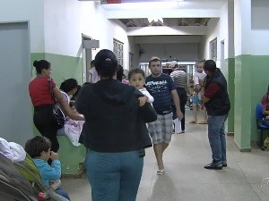 Médicos da rede municipal de Saúde iniciam greve em Goiânia, Goiás (Foto: Reprodução/TV Anhanguera)