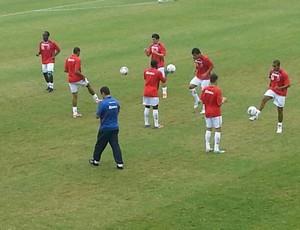 Paraná Clube realiza aquecimento no Ecoestádio (Foto: Jairton Conceição / RPC TV)